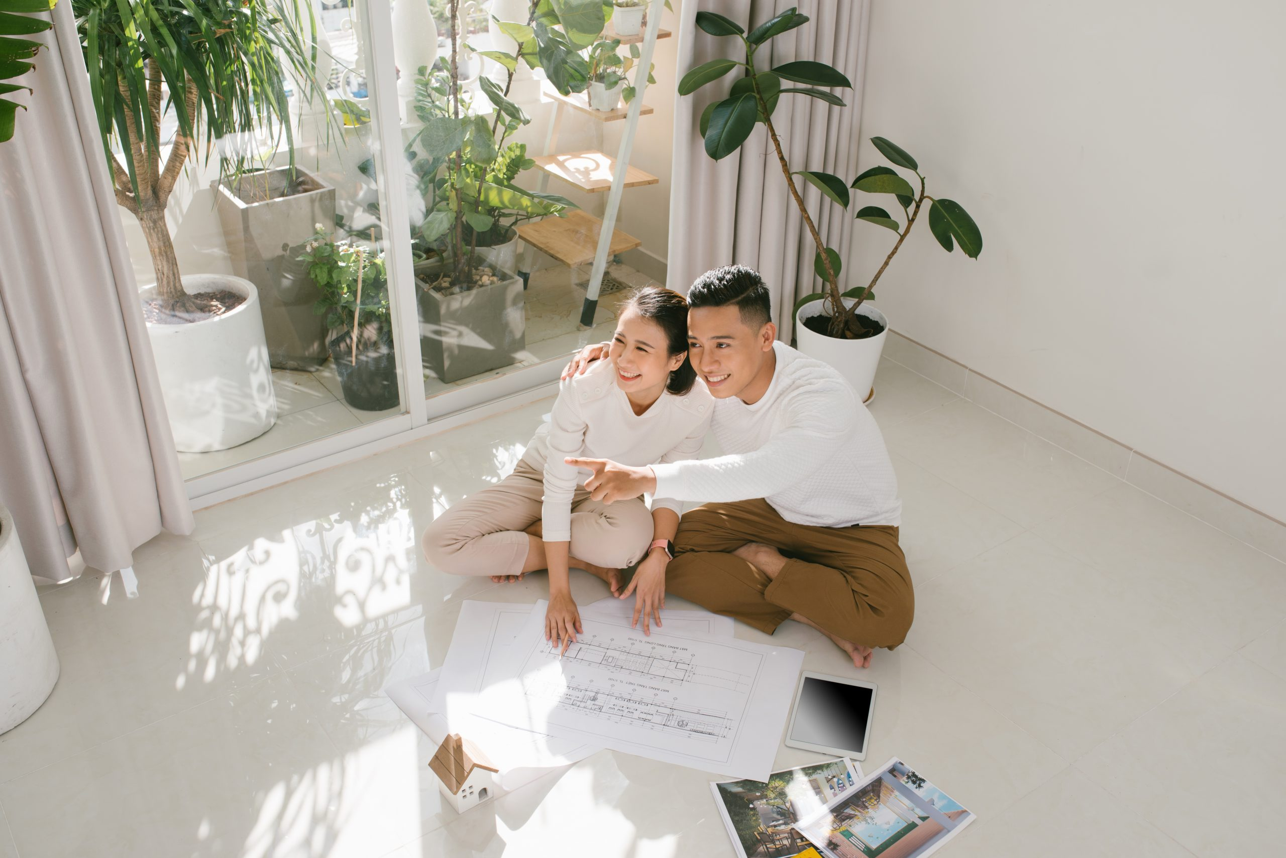 What to Do When You and Your Partner Can't Decide on One Home Layout